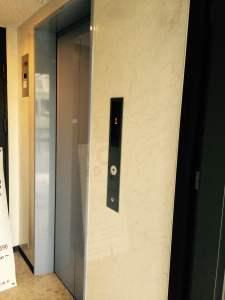 京都の占い処Key&Doorにいく途中のエレベーター