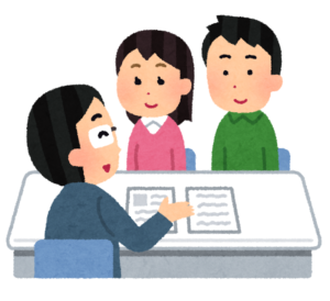 京都で活躍するライフプランナーが保険の説明をする